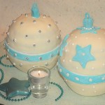 karácsonyi gömbök torta